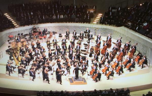 The CSO performing in the new Elbphilharmonie in Hamburg Photo credit: John Hagstrom
